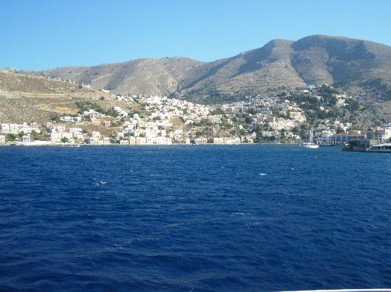 Hotel Nireus : Arriving in Symi