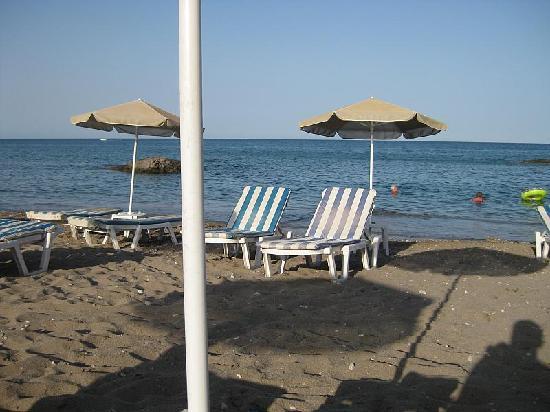 Stegna Mare Apartments : spiaggia di fronte