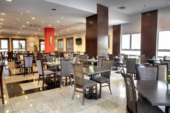 Quality Hotel Curitiba: Ticiano Restaurant