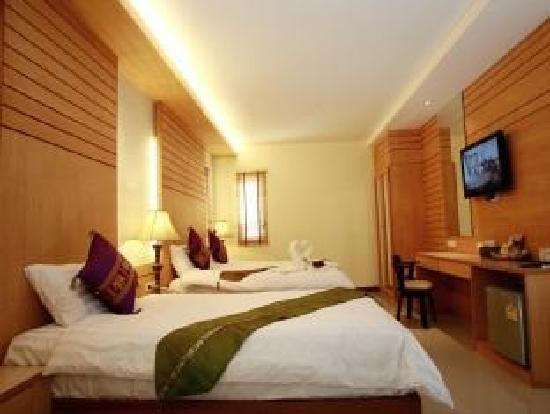 Patong Terrace Boutique Hotel : tripple room