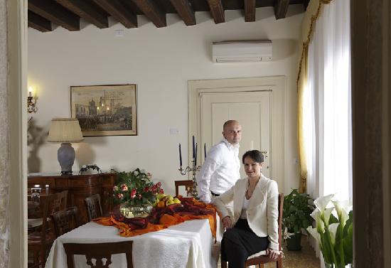 Al Palazzetto: Il gestore