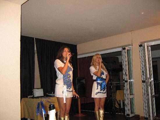 Protur Bonamar: The Abba tribute band