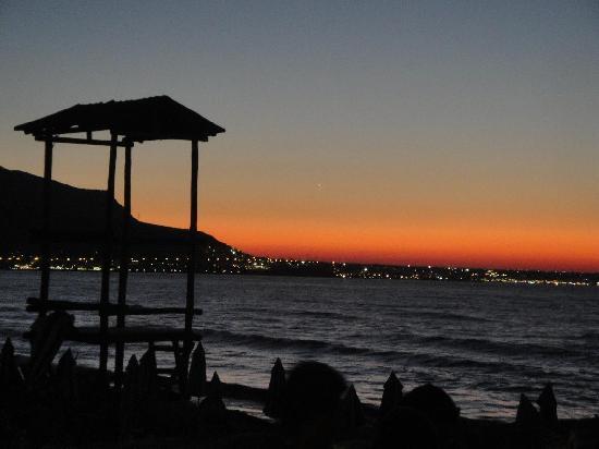 Dessole Malia Beach Hotel: coucher de soleil depuis la piscine