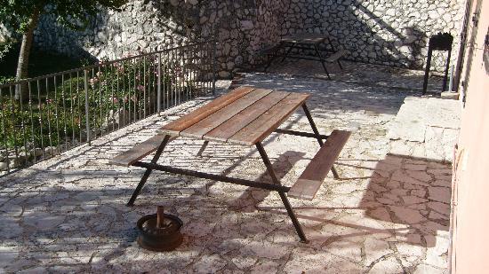 Castello del Matese, Italy: Tavolo esterno
