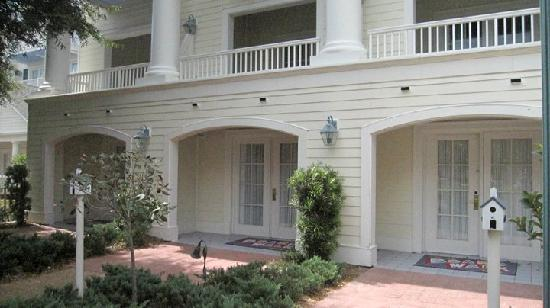 Disney's BoardWalk Inn: Garden Suites