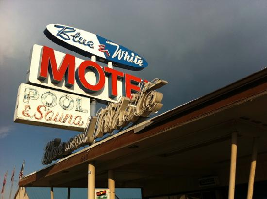 Blue and White Motel: Nice period signage