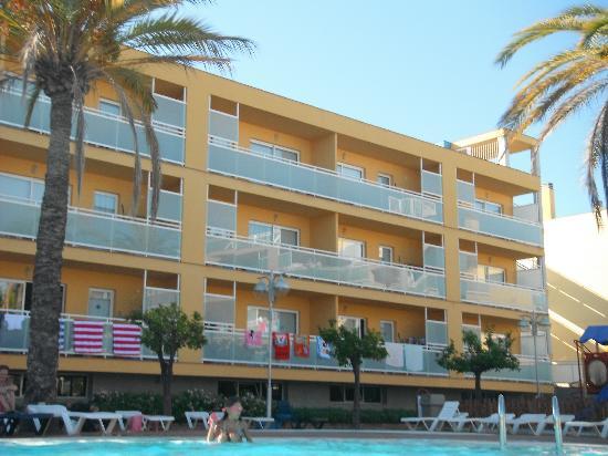 Terralta Apartamentos Turisticos: Apartment block 2