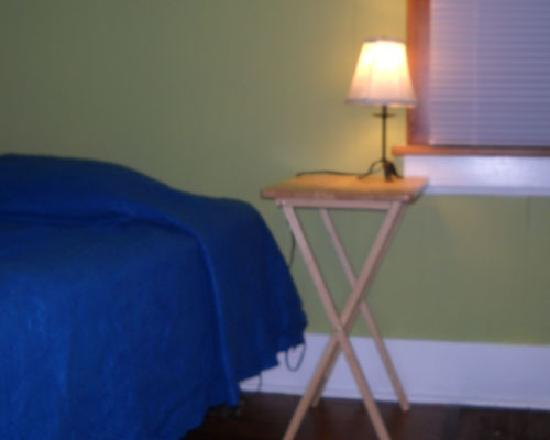 Asheville Hostel & Guest House: Friends room