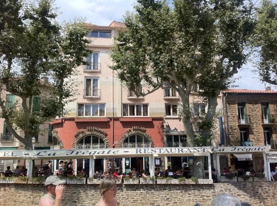 Hotel Restaurant La Fregate: Cet hotel est vraiment un des mieux situés à Collioure