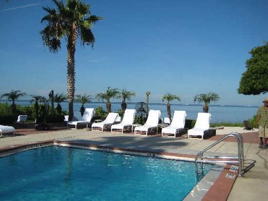 Grand Hyatt Tampa Bay: The pool by the casitas