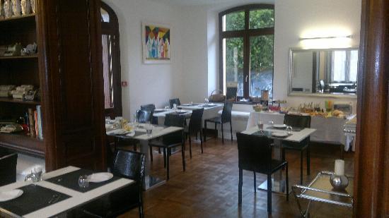 Tarascon-sur-Ariege, France: salle petit dejeuner