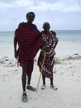 Neptune Pwani Beach Resort & Spa: Zizou le plus grand des Masaï roi du jump et de l'amitié