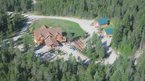 The Great Bear Inn: Aerial view of The Great Bear Inn from the helicopter