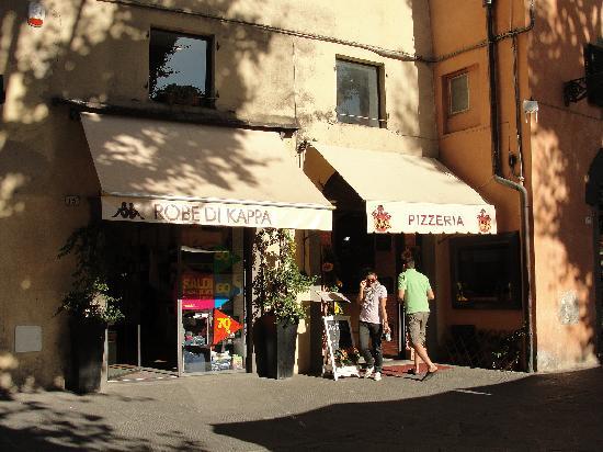 Pizzeria Fuori di Piazza: fuori di piazza