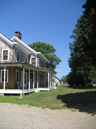 The Farmhouse Bed and Breakfast: The Farmhouse