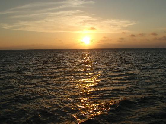 Sunset in Aruba from the Mi Dushi