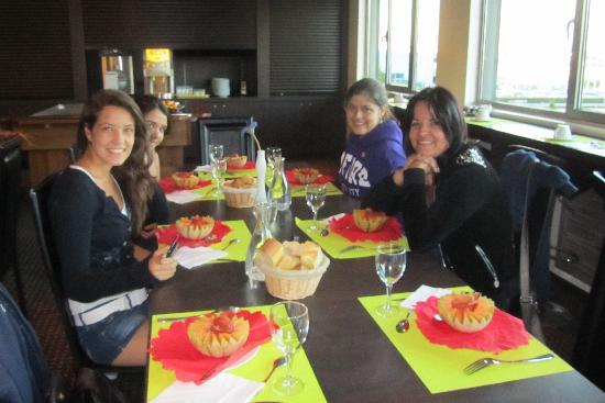 Ténéo Apparthôtel Bordeaux Bègles : Comedor