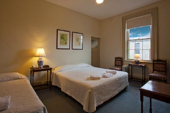 Richmond Hill Hotel: Family Standard Room