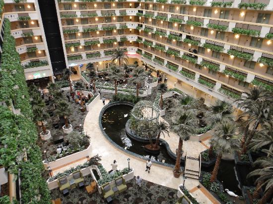 Embassy Suites by Hilton Las Vegas: Central atrium with restaurant in background