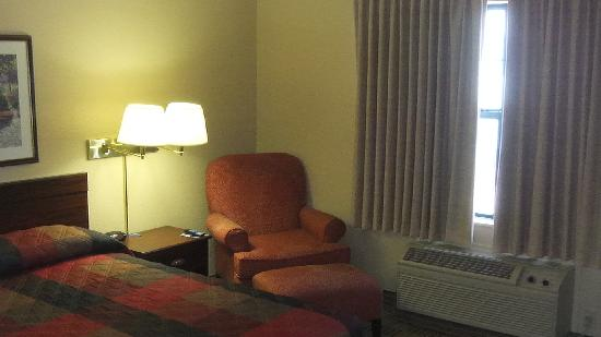 Extended Stay America - Houston - Med. Ctr. - Greenway Plaza: Rm 315, bedroom
