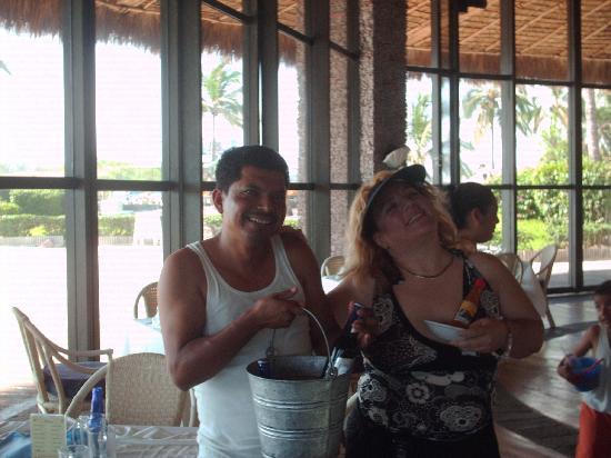 El Cid Marina Beach Hotel: tarde en el restaurant el caracol