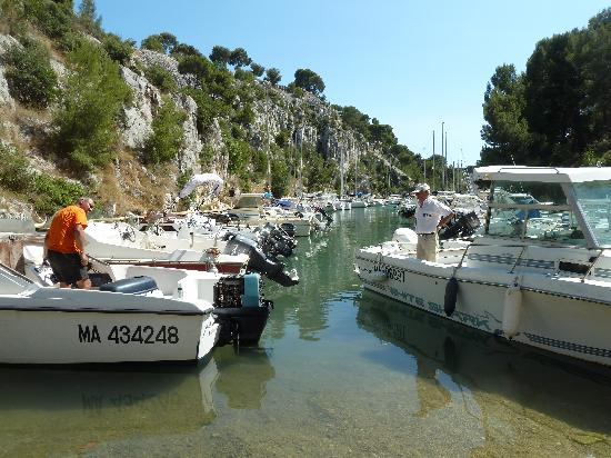 Cassis, Frankrike: Boote