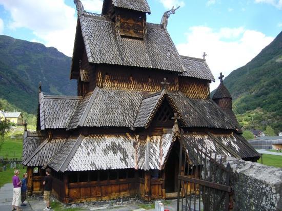 Bergen, Norwegen: iglesia de madera