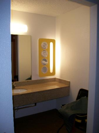 Motel 6 Albuquerque - Coors Road: All new redesigned Bathrooms