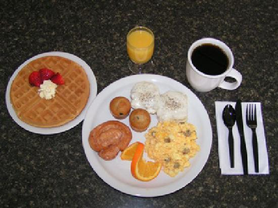 Included Hot Breakfast at Best Western Winners Circle Inn of Hot Springs Arknasas