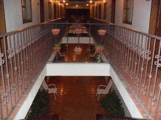 Cabo Cush Hotel: 2nd floor