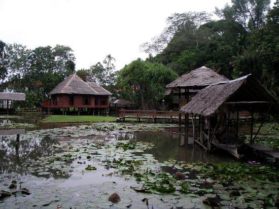 Sabah State Museum: Heritage Village