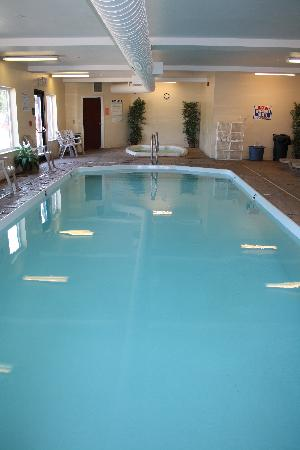 Yellowstone Lodge: indoor pool