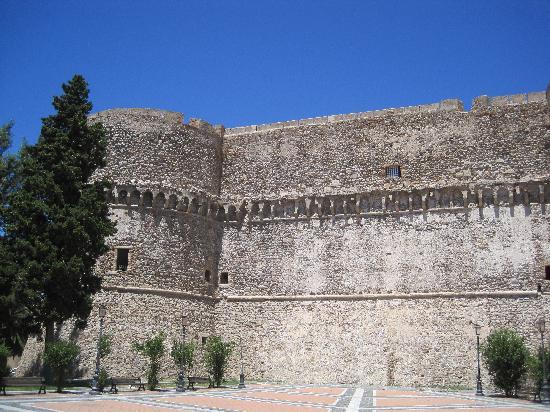 Reggio Calabria, Italien: Il Castello Aragonese a reggio cal
