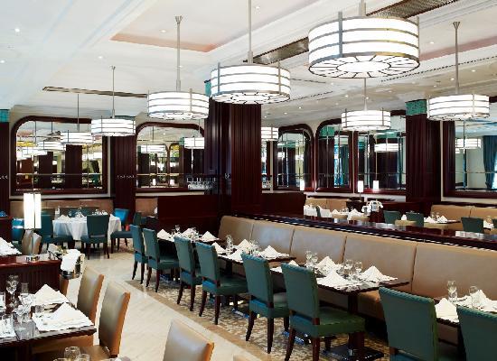 Corinthia Hotel Budapest: Brasserie Restaurant