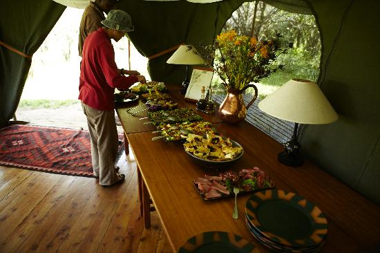 Lunch at Sala's Camp