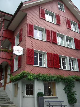Boutique Hotel Schluessel : Boutique-Hotel Schlüssel, fine dining and beautiful accommodation.