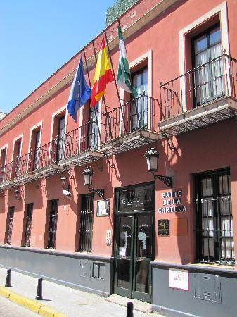 Patio de la Cartuja: Façade de l'hôtel