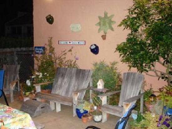 Seaside Motel: Garten Seaside bei Nacht