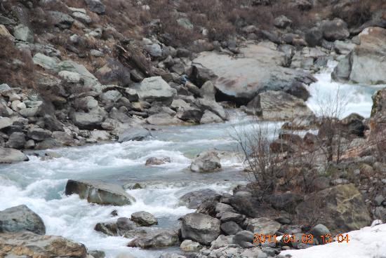 Índia: cold river