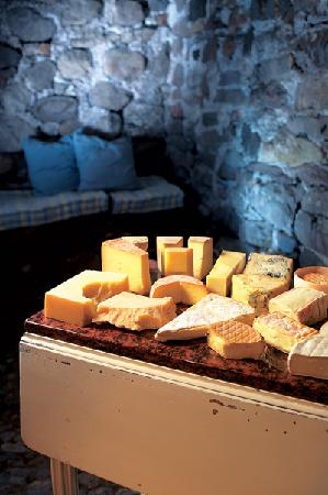 Boutique Hotel Schluessel: Gabrielle's cheese selection
