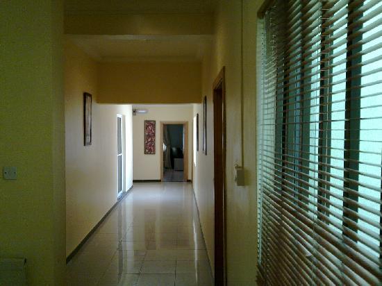 Josh Bryan Boutique Accommodation: Hallway