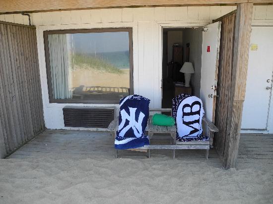 John Yancey Oceanfront Inn: Sitzplatz