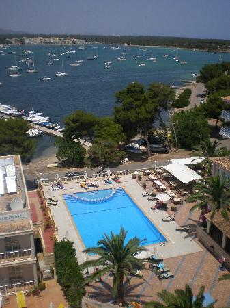 OLA Hotel El Vistamar : QUIET SWIMMING POOL & BAY