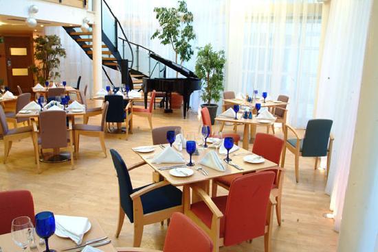 Dalmeny Resort Hotel: Atrium Restaurant
