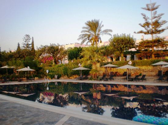 Minos Beach Art hotel: SWIMMING POOL