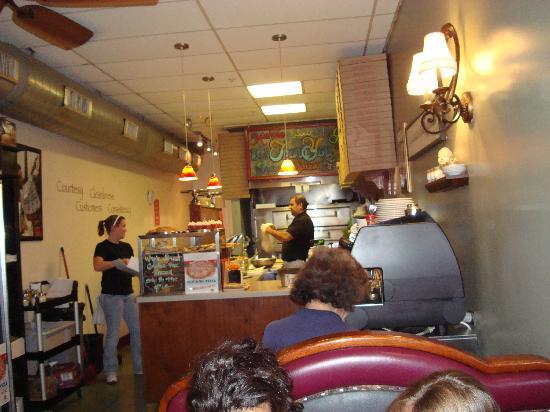 Angelina's Pizza: Inside Angelina's