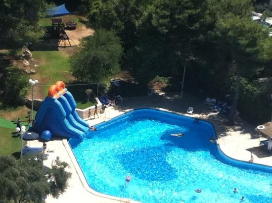 Ramada Jerusalem : activités pour les enfants à la piscine