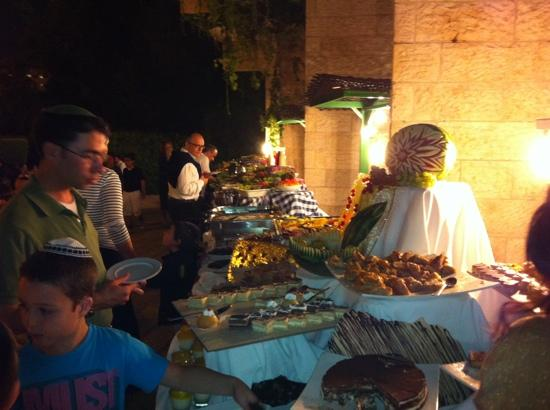 Ramada Jerusalem: barbecue