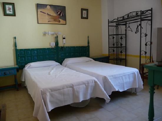 Hotel Niza : habitación