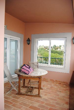 Porto Dona Maria Resort: Terraza